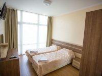 апартаменты  5 эт,   спальня