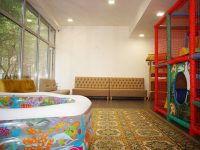 комната с лабиринтом