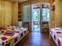 кровати домика с удобствами