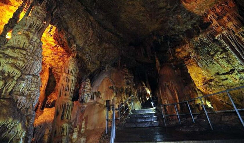 Мраморная пещера Крыму фотош (1) (1) min