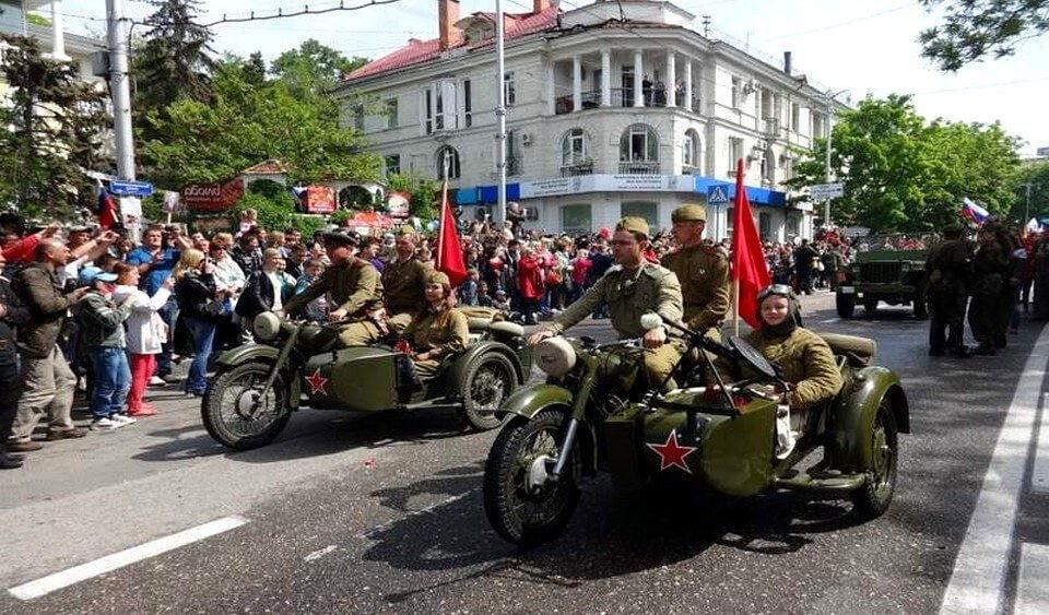 парад в Крыму -Блог Кенеш-Тур